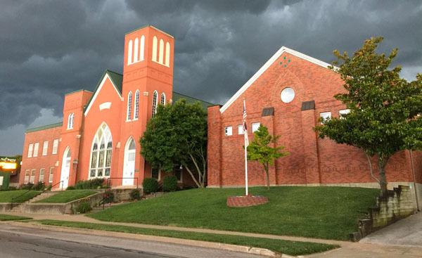 MO, Boonville - FIRST BAPTIST CHURCH