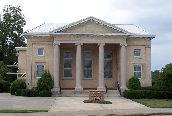 SC, Abbeville - FIRST BAPTIST CHURCH