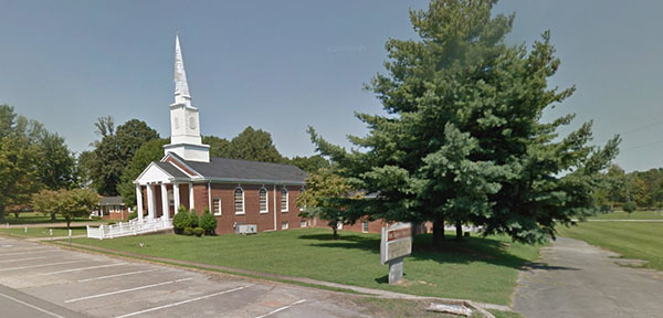 TN, Lafayette - FIRST BAPTIST CHURCH
