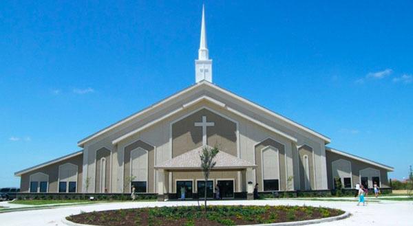 TX, Laredo - FIRST BAPTIST CHURCH